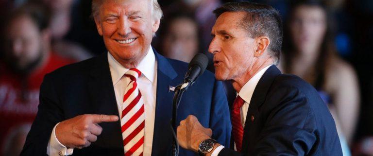 Assessor de Trump renuncia