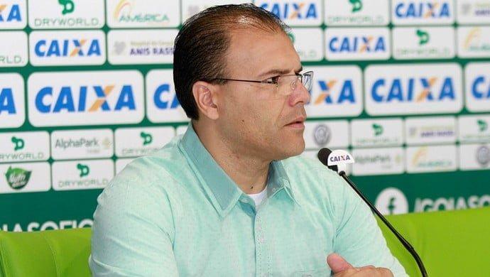 Harlei deixa a direção do Goiás por tempo indeterminado
