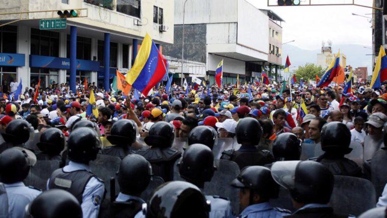 Cresce número de pedidos de asilo de venezuelanos na UE