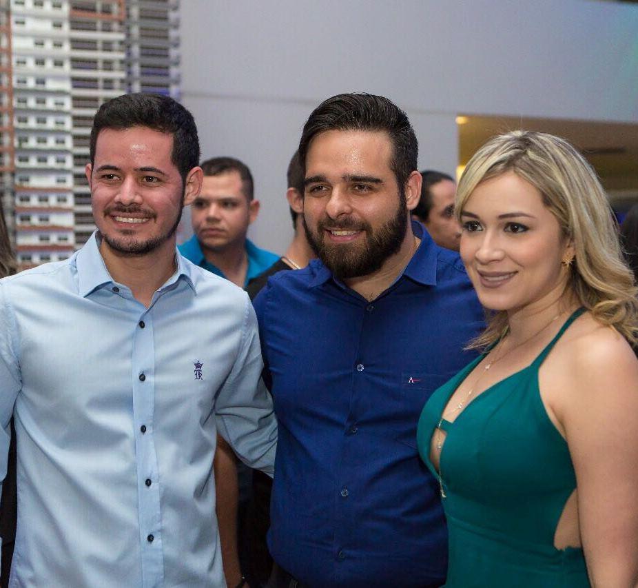 Foto: TIAGO LOPES, LEANDRO BATISTA e BRUNA BATISTA marcaram presença na festa de aniversário de 6 anos da My Broker Soluções Imobiliárias. Foto: Arquivo Pessoal
