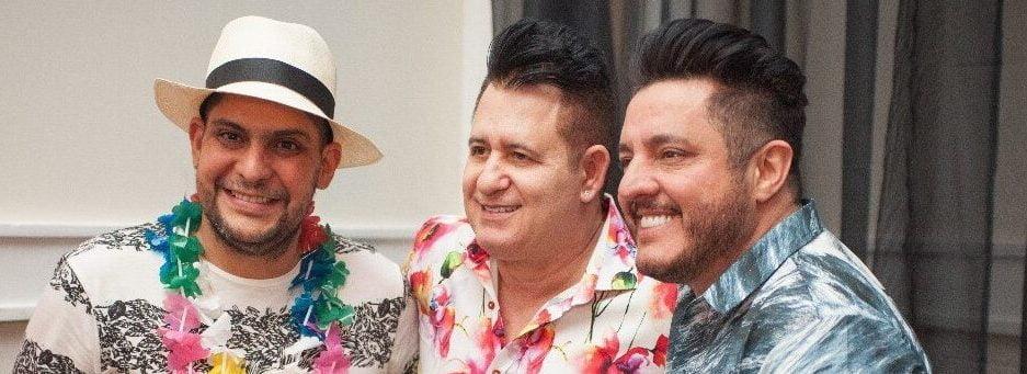 ANIVERSÁRIO Marrone comemorou seus 52 anos com festa havaiana, na noite de segunda-feira (6), no Oliveiras Place. Os cantores Jorge e Bruno foram parabenizá-lo