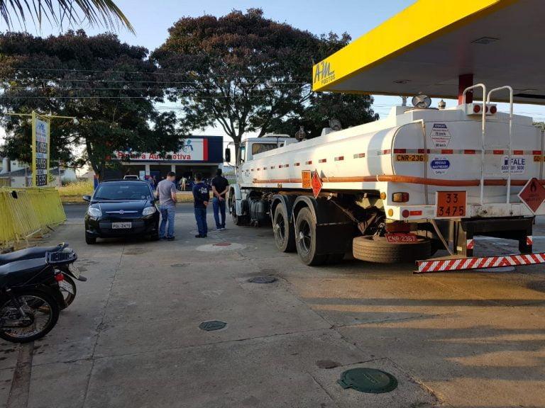 Polícia Civil apreende 10.000 litros de combustíveis adulterados em posto de Aparecida