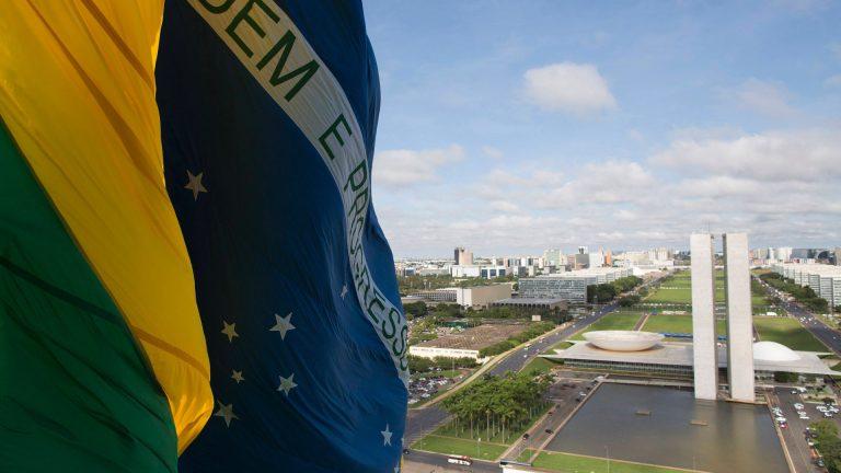 Só uma união nacional salva o Brasil