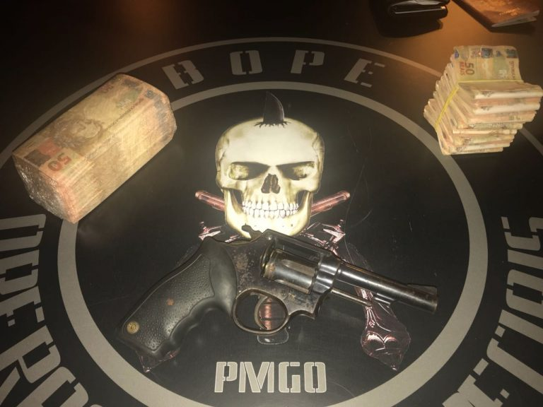 Casal é preso com 42 mil reais em dinheiro falso