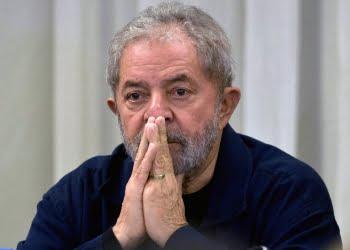 Defesa de Lula apresenta novo recurso ao STF pedindo liberdade do petista