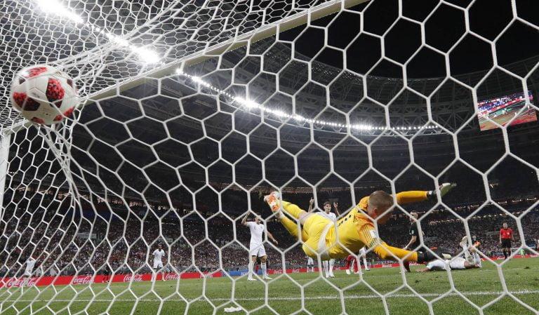 Croácia vence a Inglaterra e se classifica para a final