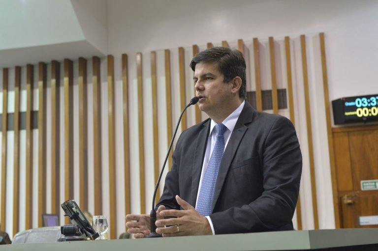 Projeto de lei cria programa Goiás é Limpeza