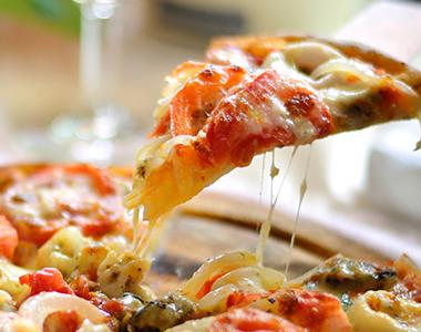 Pizza de batedeira, saiba como fazer