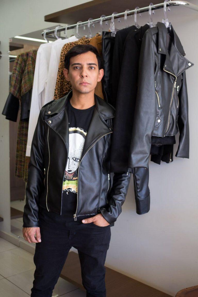 Em entrevista, estilista Raphael Aquino fala do mercado de moda em Goiás.