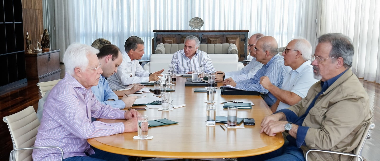 Temer e Ministros em reunião no Palácio da Alvorada. / Foto: Alan Santos. / Presidência da República.