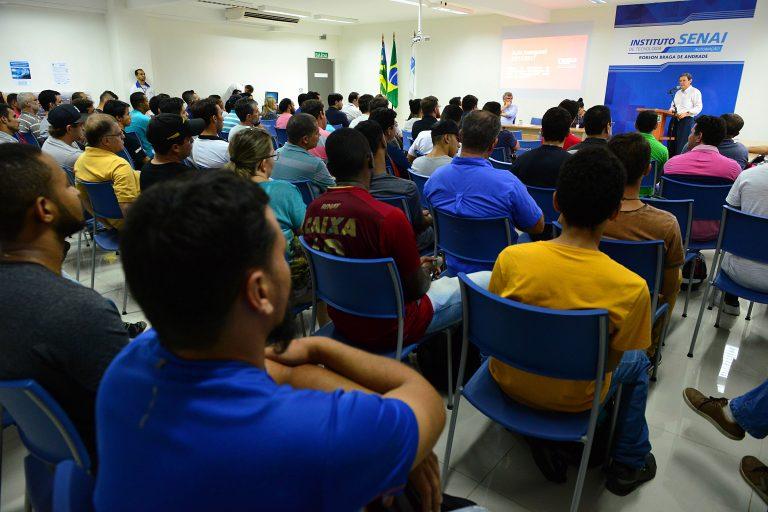Enel oferece curso para formação eletricistas