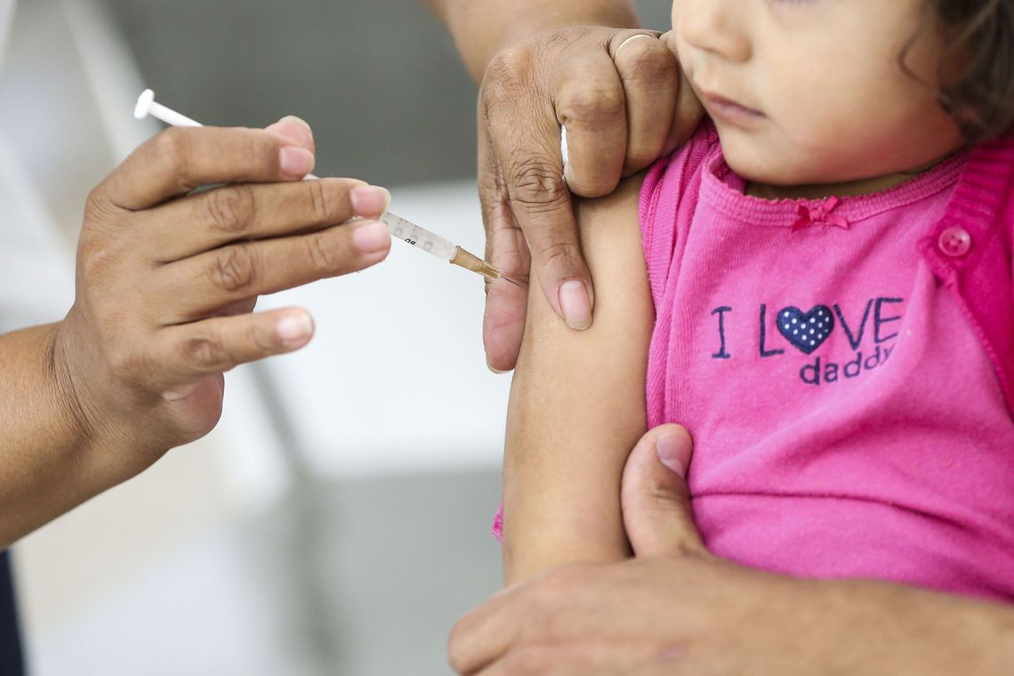 Campanha de vacinação contra a pólio e sarampo termina nesta sexta-feira (14). / Foto: Marcelo Camargo / Agência Brasil.