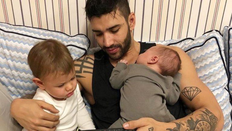 Gusttavo Lima posta vídeo do filho e encanta internet