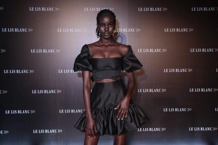 Le Lis Blanc arma festão para comemorar os seus 30 anos no mercado de moda