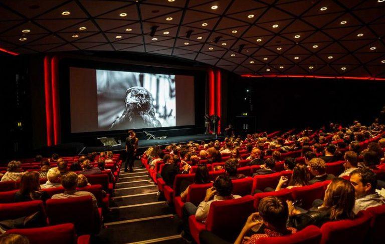 Cinema em Goiânia é fechado após chuva danificar equipamentos