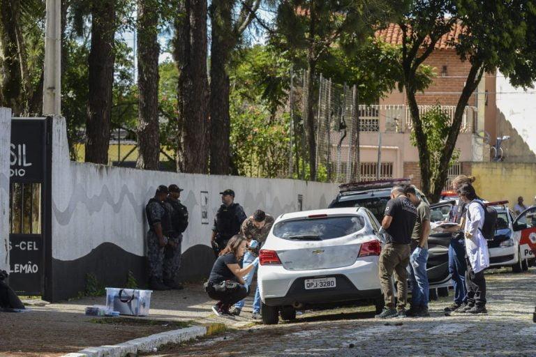 Após tragédia em Suzano, polícia tenta descobrir motivação e detalhes do crime