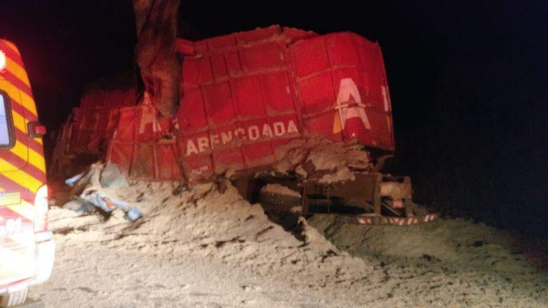 Acidente na BR- 452 deixa uma pessoa morta, em Rio Verde