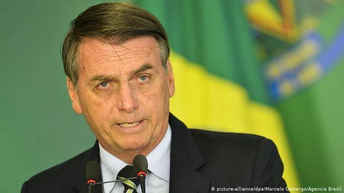 """Bolsonaro chama Brasil de """"lixo"""" e diz que Amazônia """"não é mais nossa"""""""