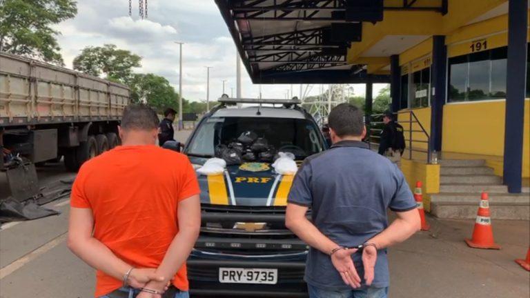 Dupla é presa com carregamento de contrabando avaliado em cerca de R$ 1 milhão, em Hidrolândia
