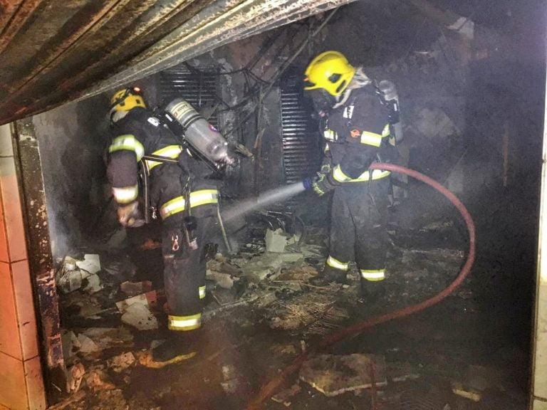 Estabelecimento comercial pega fogo na Vila Pai Eterno, em Trindade