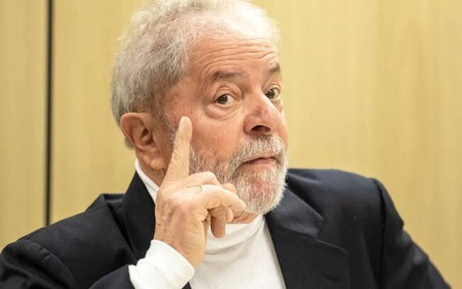 """Lula: """"Não adianta falar que a bolsa está em alta, se o povo não está conseguindo comprar carne"""""""