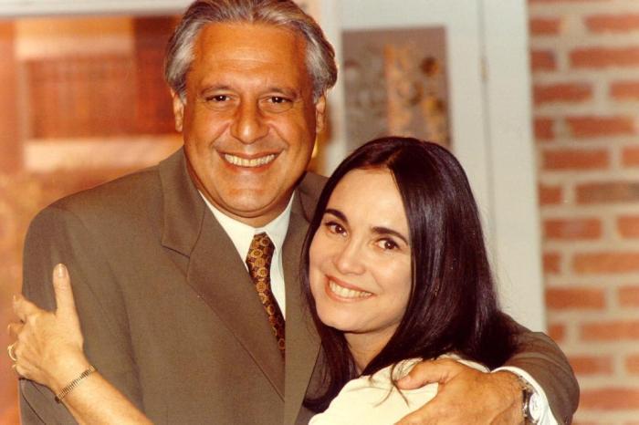 Antonio Fagundes sobre Regina Duarte: tenho pena de artista que entra nessa jogada