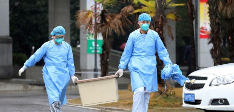 Coronavírus: China constrói em tempo recorde hospital de 1.000 leitos para tratar infectados
