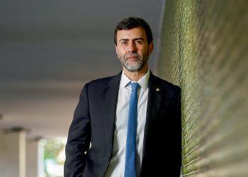 Revista VejaMatéria: Páginas AmarelasPersonagem: Marcelo Freixo, deputado FederalFoto: Cristiano MarizData: 08/06/2021Local: Asa Norte - Brasília - DF